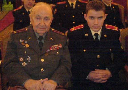 Соколов-Хитрово Владимир Александрович вместе с суворовцами